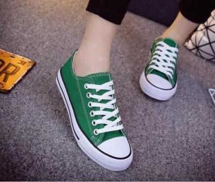 2020 Nouvelle Size36-44 bas Chaussures montantes Casual mandrin de stars du sport de style classique en toile Sneakers chaussures conve Hommes Femmes Chaussures de toile de détail 80NU