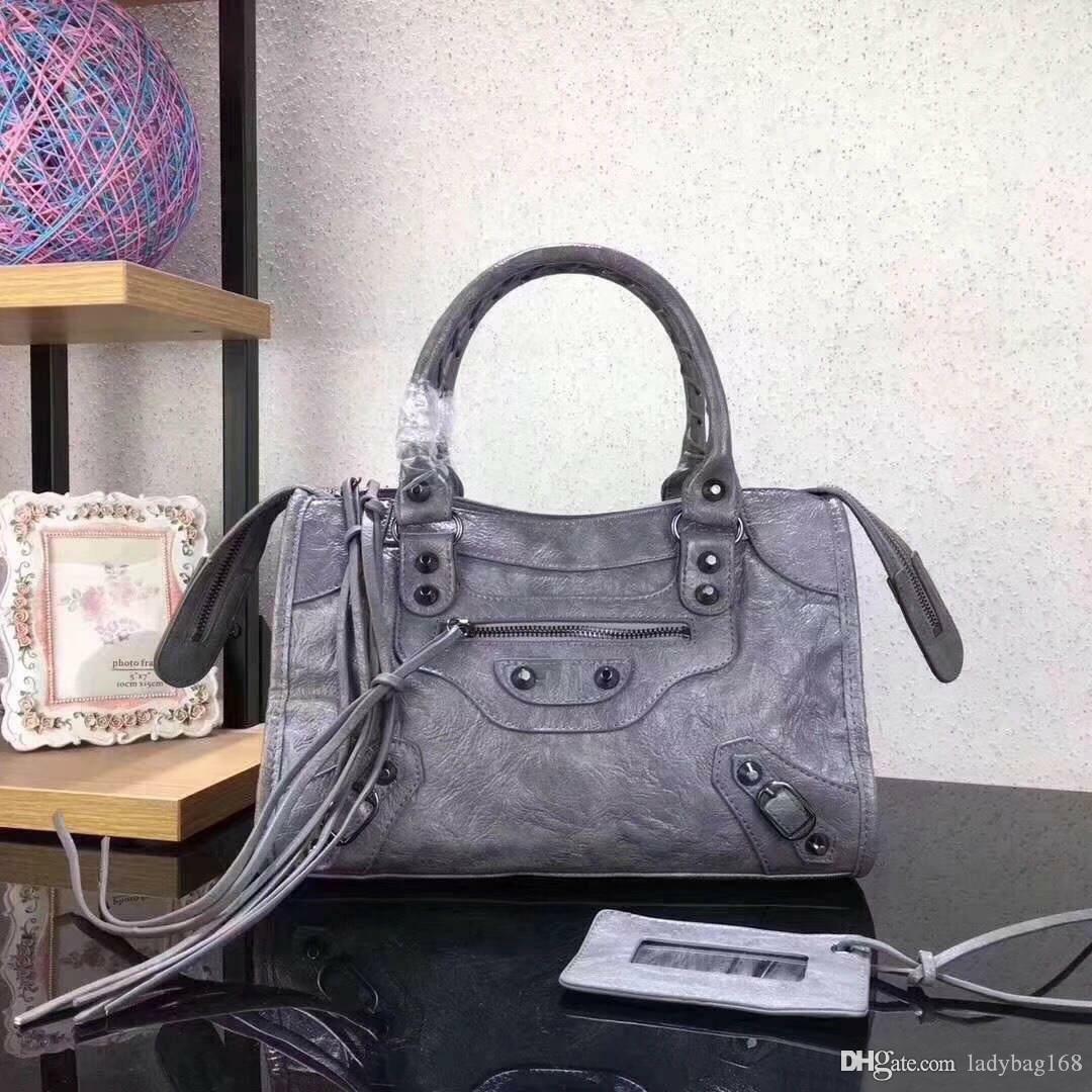 Hot Fashion Designer Classic Women Motorcycle Bag Mini Crossbody Bag Rivet Purse Tote Handbag High Quality Crack Genuine Leather Handbags