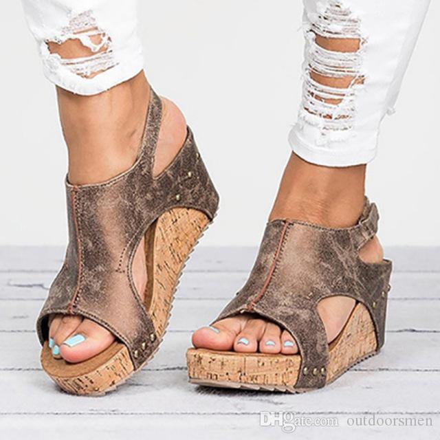 Sandales Pour Femmes 2018 Plateforme Sandales Compensées Chaussures Pour Femmes Talons Sandalias Mujer Chaussures D'été En Cuir Talons Compensés Sandales 43