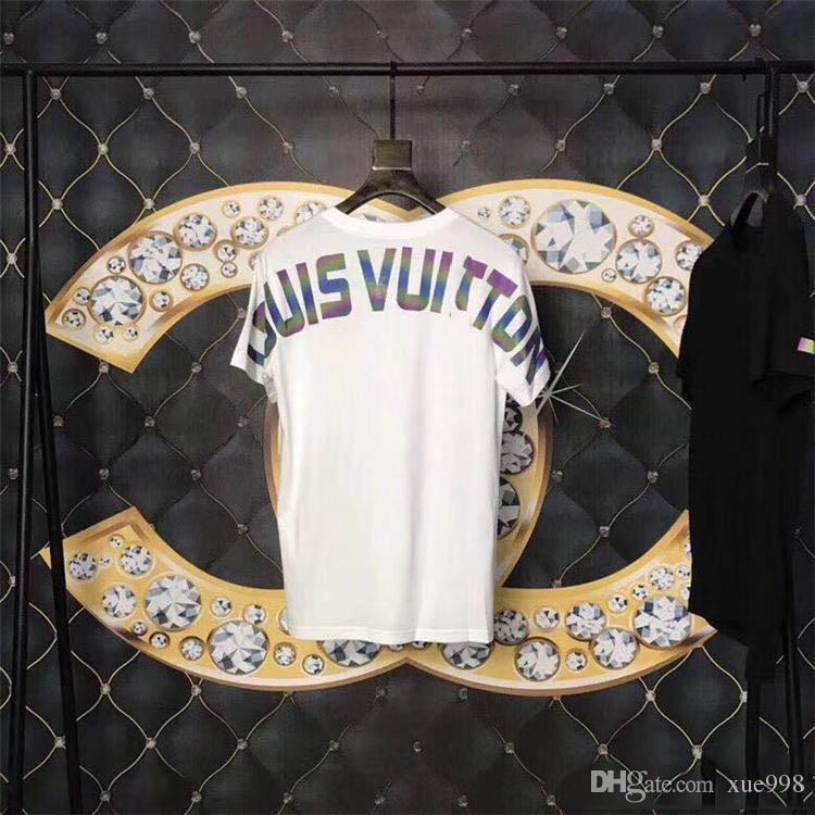 Mens Womens Marka T Gömlek Yaz Yeni Giysi Tasarımcısı Casual Mektubu Baskı Kısa Kollu Moda Pamuk Yuvarlak Boyun Üst Gevşek Mektubu Erkekler tee