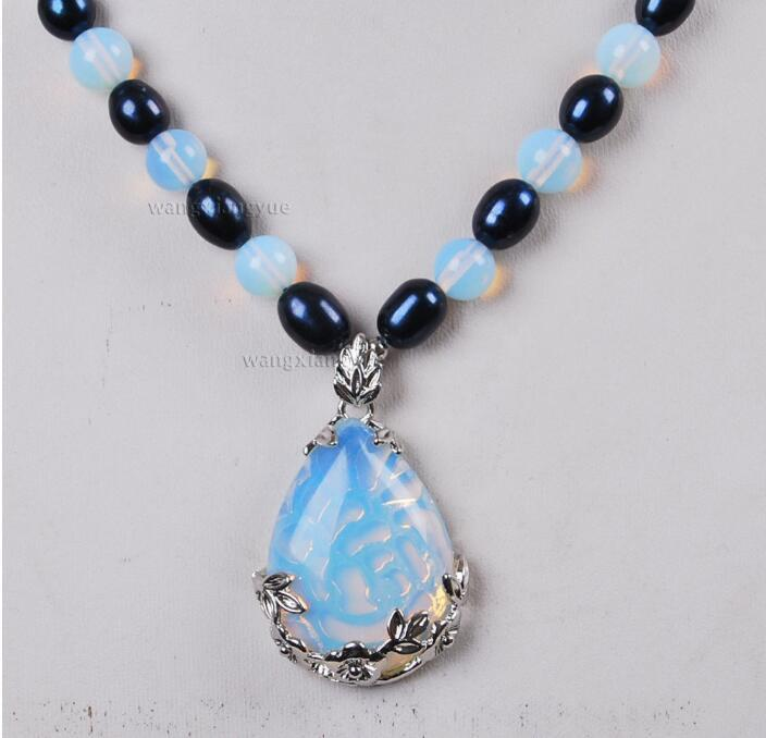 Jewelryr pérola colar black akoya cultivada pérola / sri lanka moonstone pingente (28x35mm) colar 18 polegada frete grátis