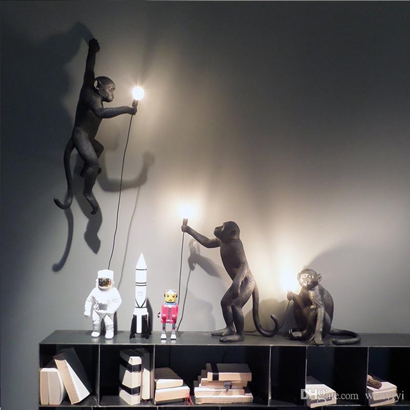 Lámpara de mono negro de resina moderna Estilo loft Cuerda de cáñamo Lámpara de mono negro Candelabros Iluminación Colgante Colgante Accesorios de techo