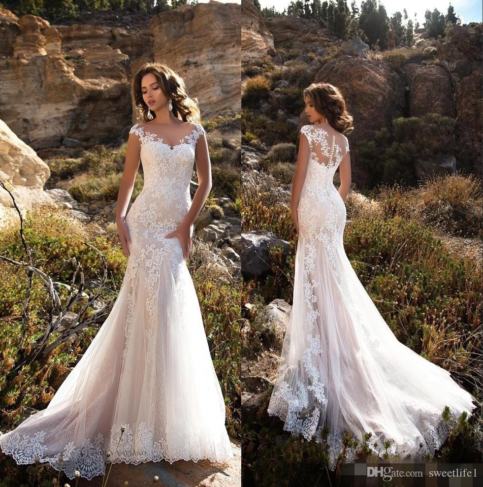 2019 Elegant Lace Mermaid Wedding Dresses Sheer Cap Sleeves Lace Applique Sweep Train Wedding Bridal Gowns With Buttons