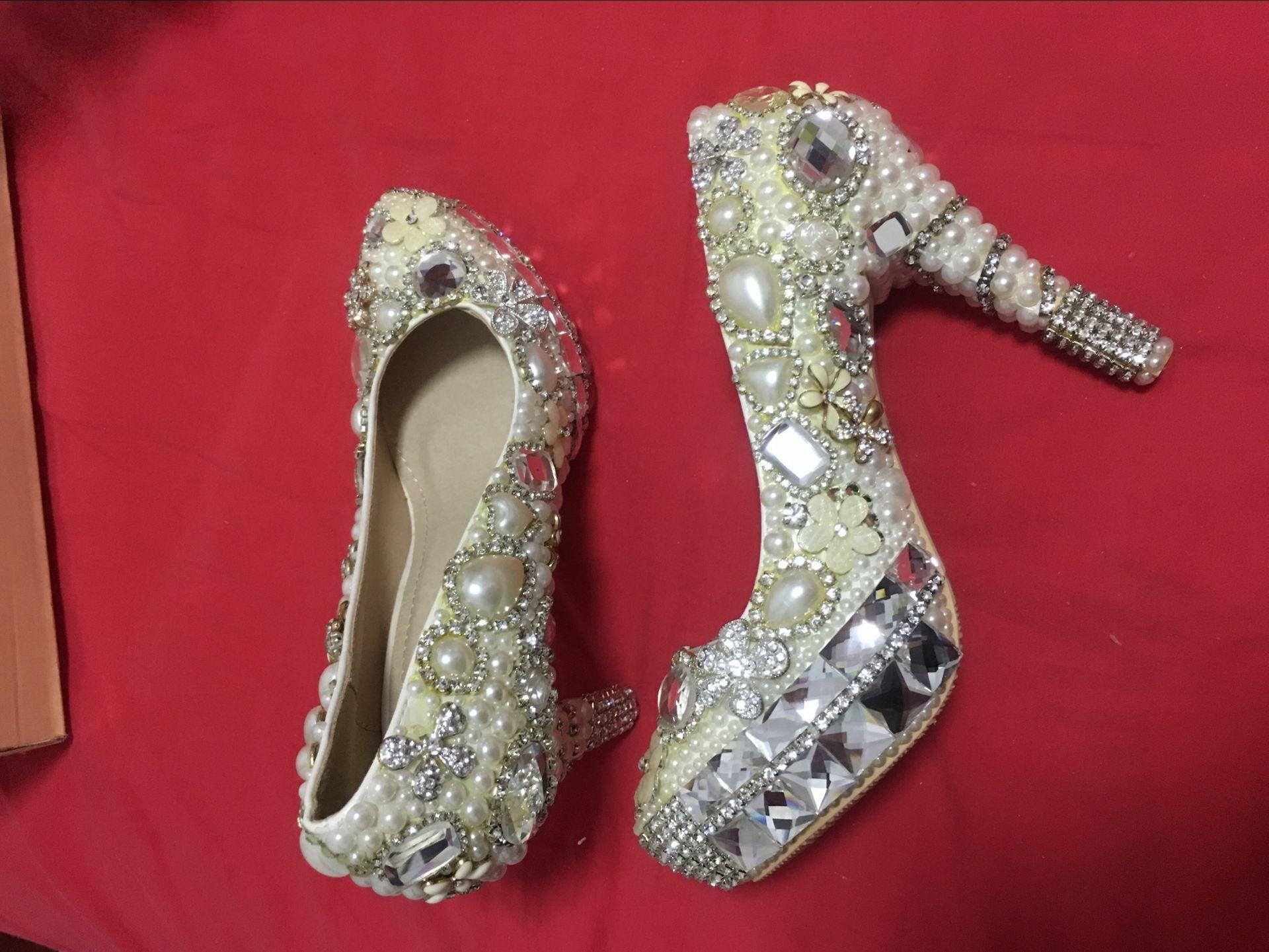 Venta de liquidación ! Marca Nueva Novia Zapatos Tamaño 35 con perlas y cristal de diamante zapatos de tacón alto de la novia
