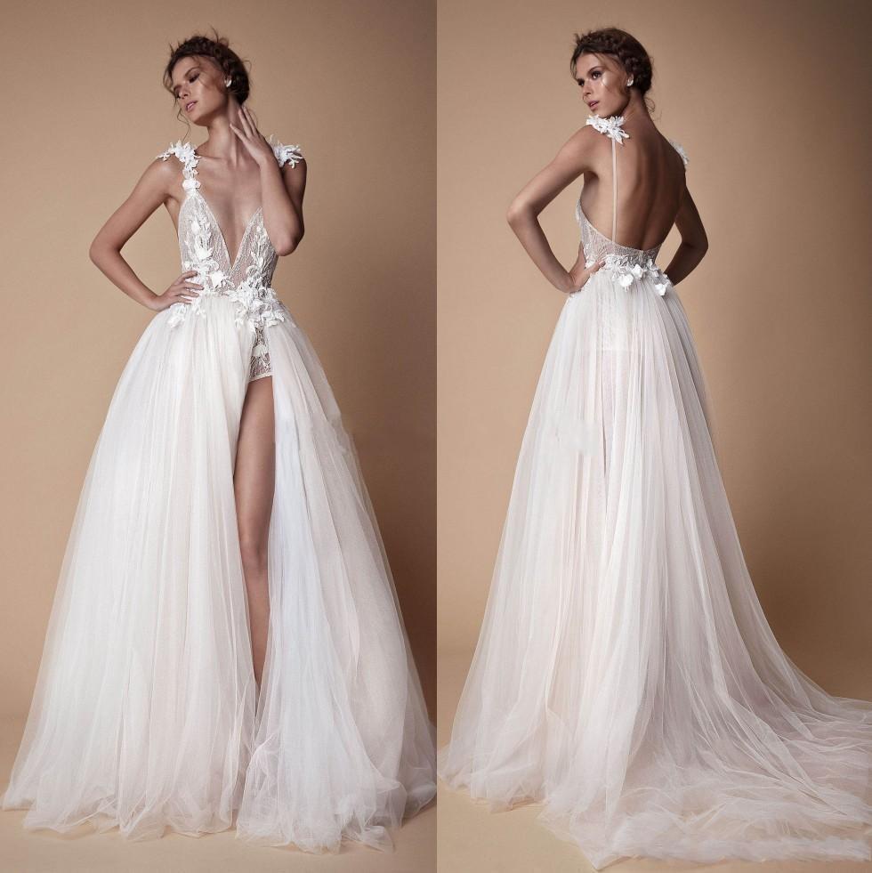 Bohemian Lace Берта Свадебные платья 3D аппликация A-Line Глубокий V-образным вырезом Пляж Свадебные платья развертки поезд Тюль Сплит платье Side Wedding