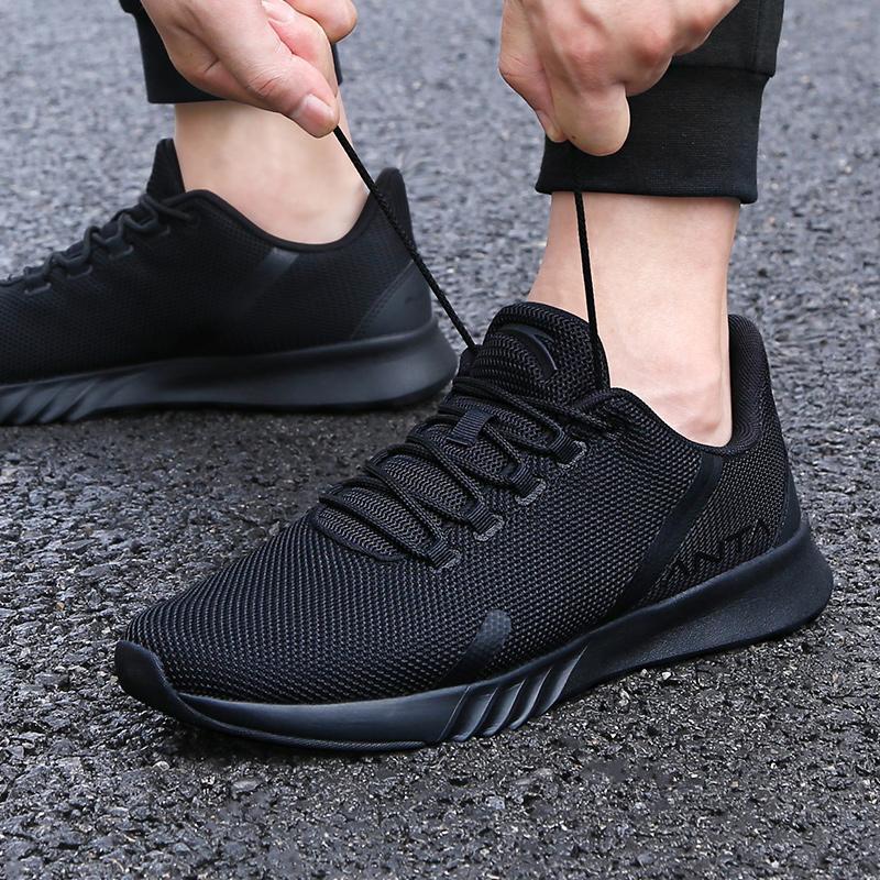 sapatos de Anta dos homens 2020 novo verão oficiais dos homens site Running Shoes Preto Guerreiro casuais