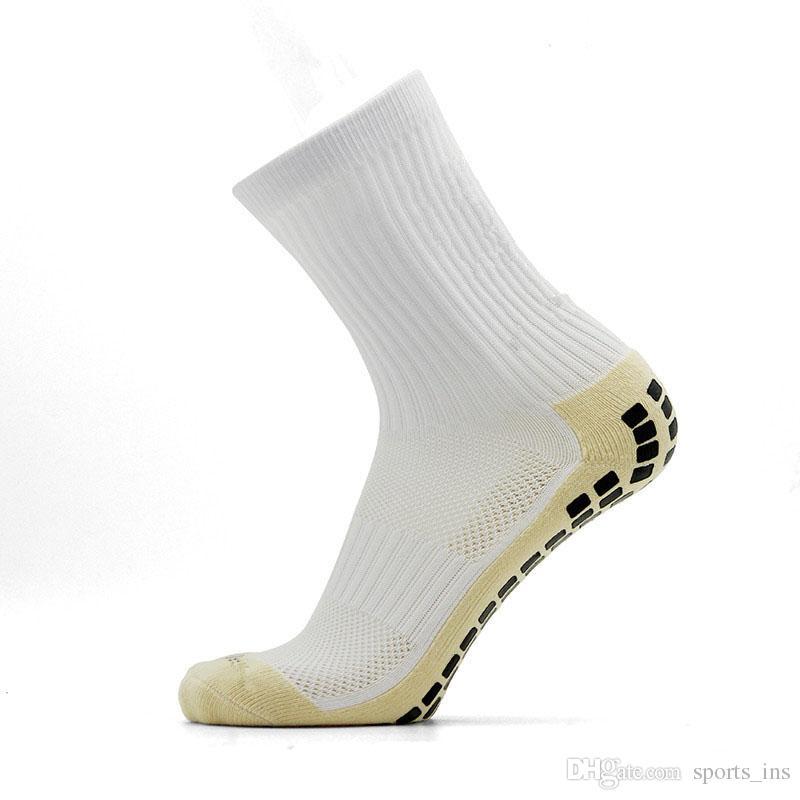 Orta Tüp Spor Çorap Erkekler Nefes Kalın Futbol Çorap Karşıtı Sürtünme Elastik Basketbol Çorap Üst Kalite Futbol Çorap Sweat emdirin