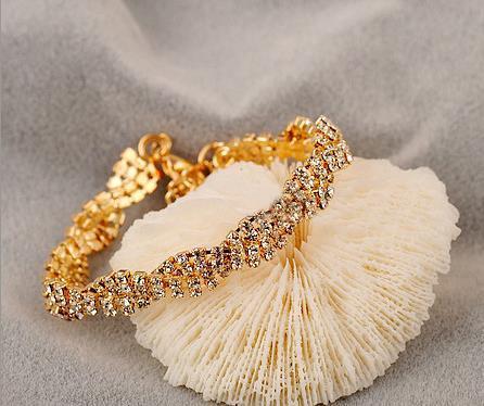 European and American jewelry women delicate diamond sparkling wild bracelet twist bracelet