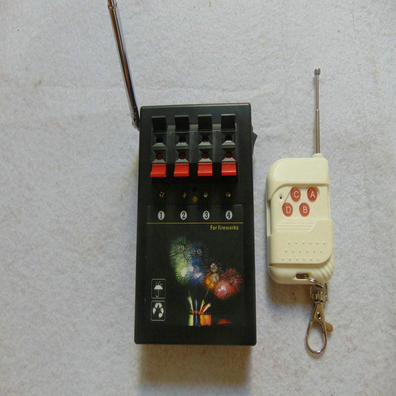4 Cues Fernwasserdichte Box 433mhz connect WLAN-Schalter 2020 neue Art Home Garten Feuerwerk Zündung-System Festliche Party Supplies