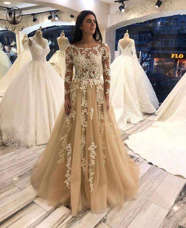 디자인 댄스 파티 드레스 O 목 Appliqued 레이스 긴 소매의 얇은 몸통 바닥 길이 샴페인 댄스 파티 드레스