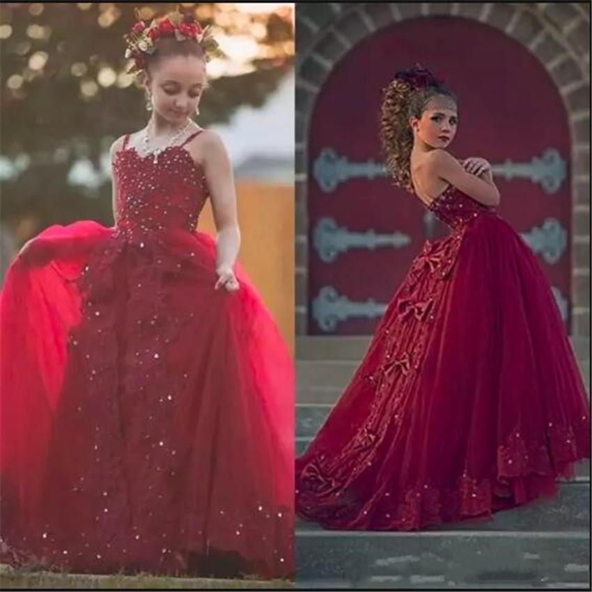 2020 Red Flower Girl Dress With Detachable Train Spaghetti Beaded Appliqued Girl Pageant Gown Bow Sleeveless Backless Birthday Gowns
