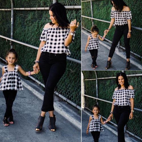 Summer Family Spiel weg von der Schulter-Plaid-T-Shirt Mutter-Tochter-Kind-Mädchen-beiläufige Top T-Shirt Kinder Eltern Kleidung