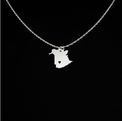 Популярные медные Нью-Брансуик ювелирные изделия выгравировать некоторые буквы Нью-Брансуик ожерелье лучший подарок для друга YP4072