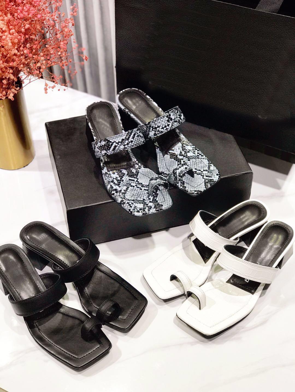I nuovi sandali grosso estate, tacchi in cuoio, scarpe da festa, scarpe per vacanze, formato 35-40, tacchi 4.5cm, con scatola e sacchetto di polvere