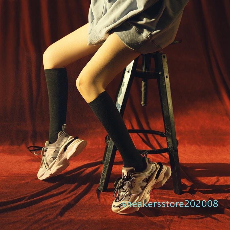 2020 Fashion Designer Women Shoes Ladies Trainers Chaussures Femme Flats Sapato Feminino Zapatillas Mujer Casuals Damen Shoe s08