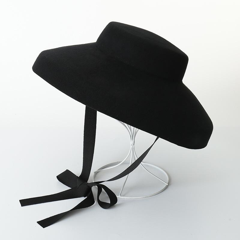 المرأة الكلاسيكية خمر أودري هيبورن صوف أسود كبير FLOPPY HAT الأناقة البريطانية نمط من شعر قبعة أعلى مع Arcuate حافة D19011102
