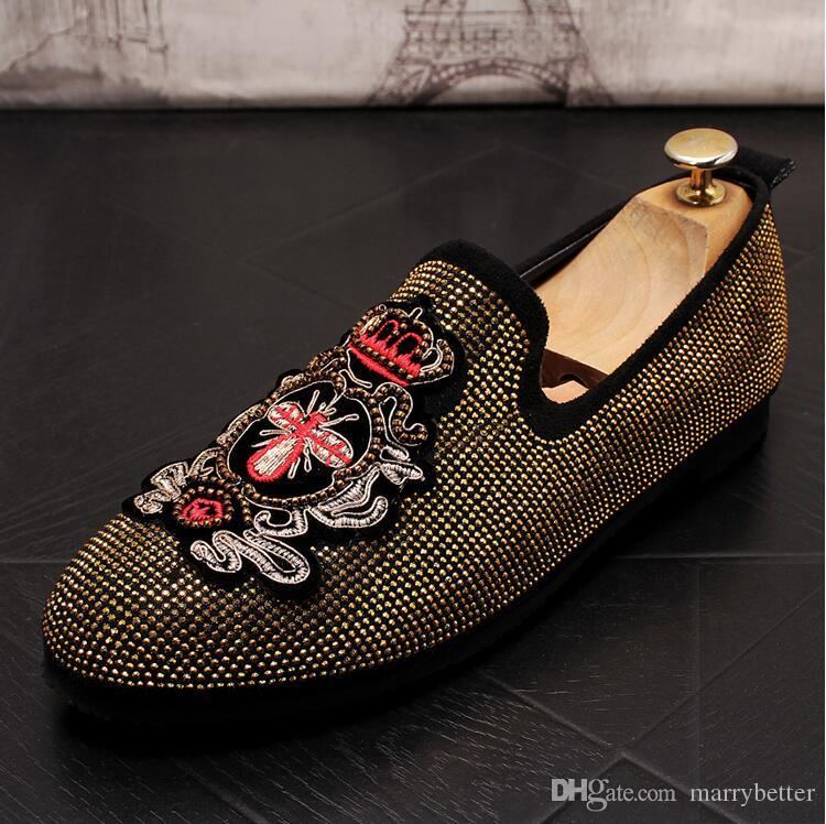 2020 Embroidery Men shoes red rhinestone Casual shoes male Leather Shoe flats loafers prom club shoes moccasins zapatos hombre DA054