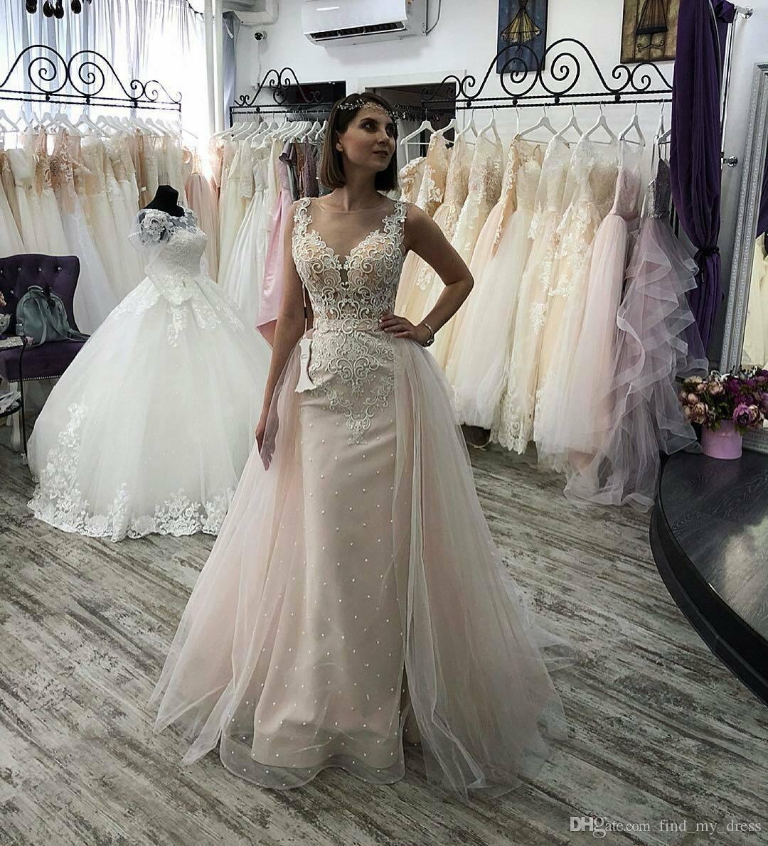 Großhandel Bunte 18d Spitze Frauen Neue Mantel Backless Hochzeitskleid  Strand Sommer Tüll Brautkleider Perlen Applikationen Sexy Durchsichtig Mode  Von