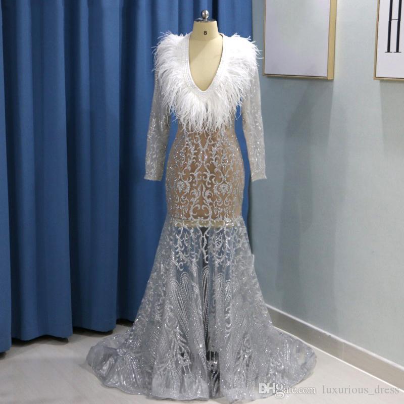 Brillante de las lentejuelas de plata pluma vestidos de baile más el tamaño de cuello en V manga larga de las mujeres africanas ilusión vestido formal del partido Vestidos Vestidos de fiesta