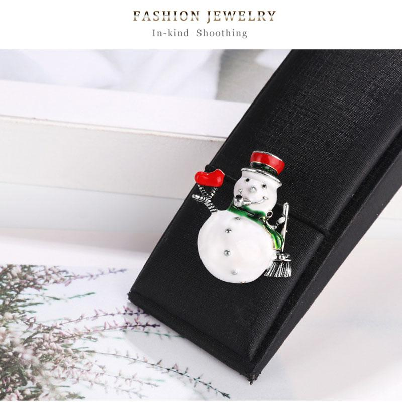 Série de Natal Moda esmalte Broche Papai Noel Ano Novo jóias de vestuário Pin Brasão do emblema Vestem Jeans Acessórios, 1 PC