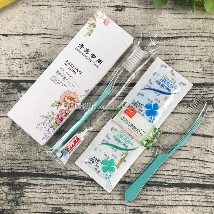 2019 New Hotel & Hotel Set with Disposable Toothbrush, Toothpaste, Comb, Shampoo, Bath Cream, Soap and Rinse