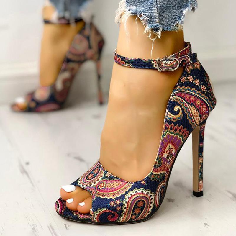 New Verão Sandals Mulheres Sexy Peep Toe estiletes Imprimir Shoes Flower tornozelo T- cinta fina Salto Alto Feminino Moda Feminina 2020 T200529