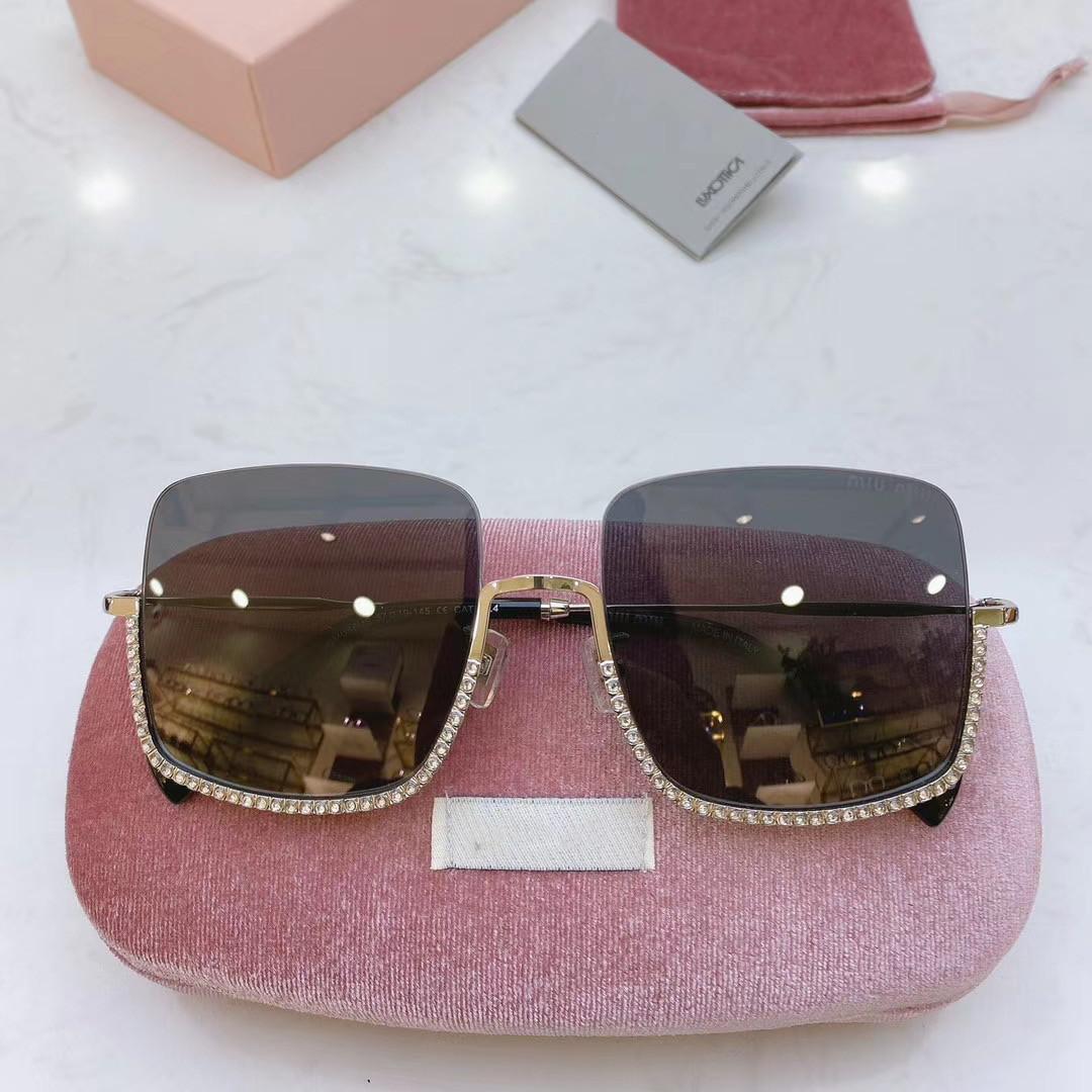 Diamant surdimensionné Rimless Lunettes de soleil Femmes Cadre Carré Métal Lunettes de soleil lentille claire Vintage Sunglass Ladies Shades