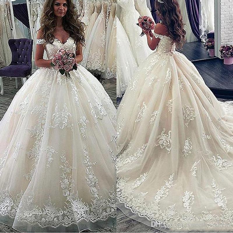 Elegante Custom Made Vestido de Noiva 2019 Fora Do Ombro vestido de Baile Vestidos de Casamento com Apliques de Renda Sweep Trem Vestido de Festa de Noiva
