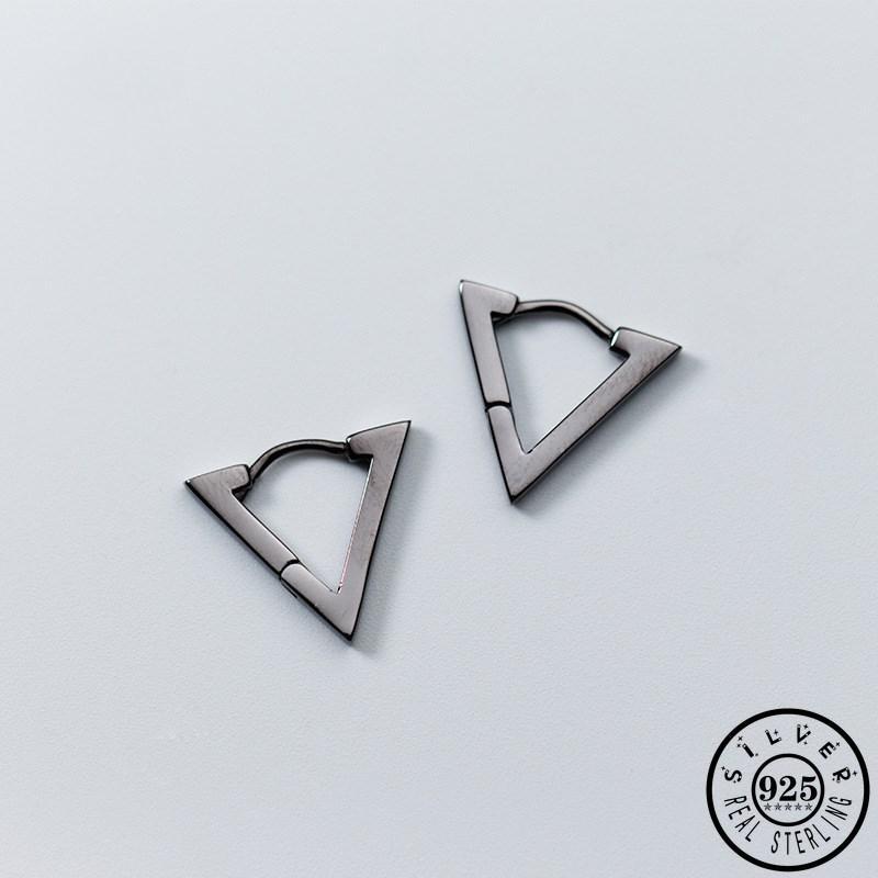 Hoop Huggie мода 925 стерлингового серебра минималистский геометрический треугольник черные обручи пирсинг серьги уникальные ушные кольца KPOP ювелирные изделия для Wome