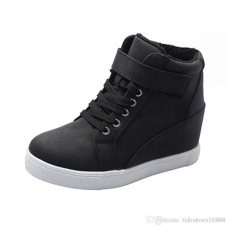 Court peluche Femmes Chaussures grande taille 42 Talons espadrille Wedge épais Sole Sneakers femme d'hiver Chaussures Femmes Chaussures High Top Plate-forme