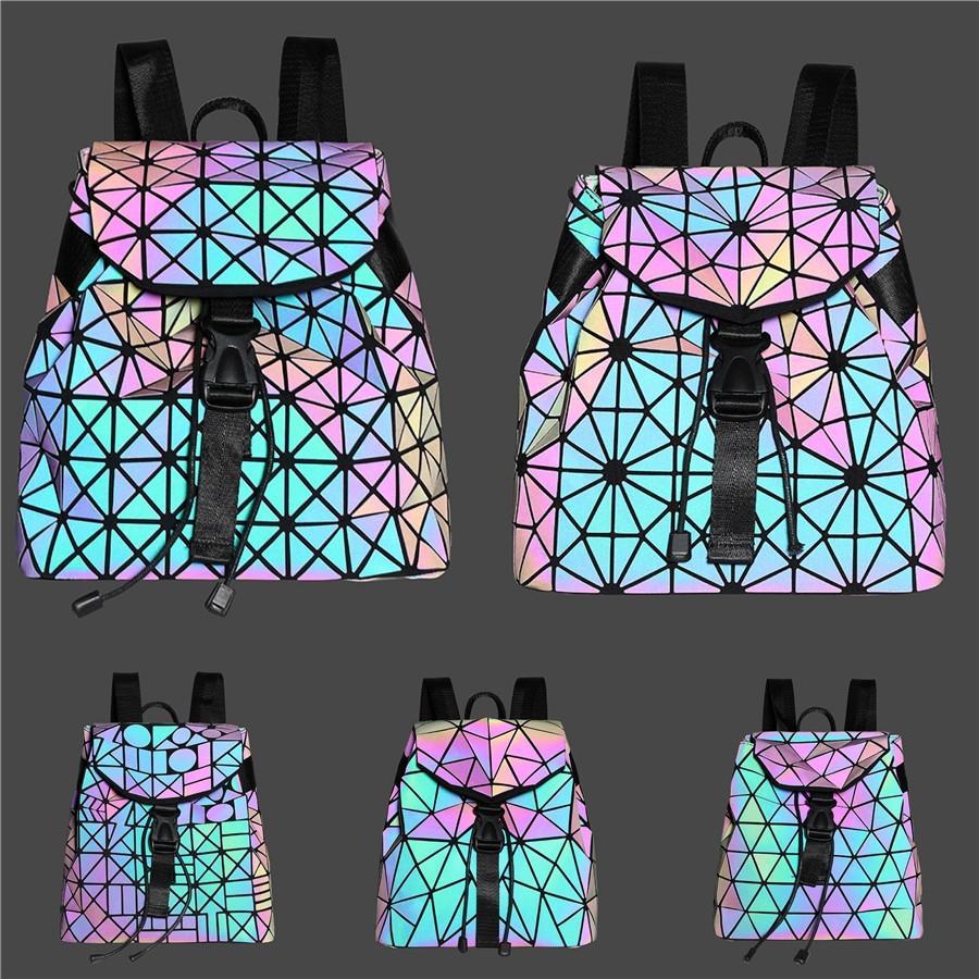 2020 New Style Femmes Sacs à main célèbre designer Sac à dos dames Sac à main Mode féminine Sacs à dos'S Boutique Géométrique Portefeuilles 08 # 359