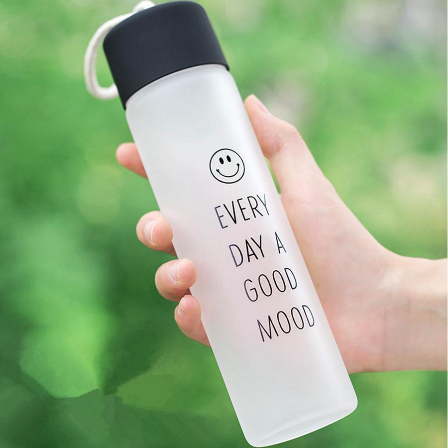 Botellas taza vaso de agua al aire libre para adultos aptitud del deporte del color de cristal Copa espacio fácil de llevar cabrito del niño Niños Escuela Copas RRA3111