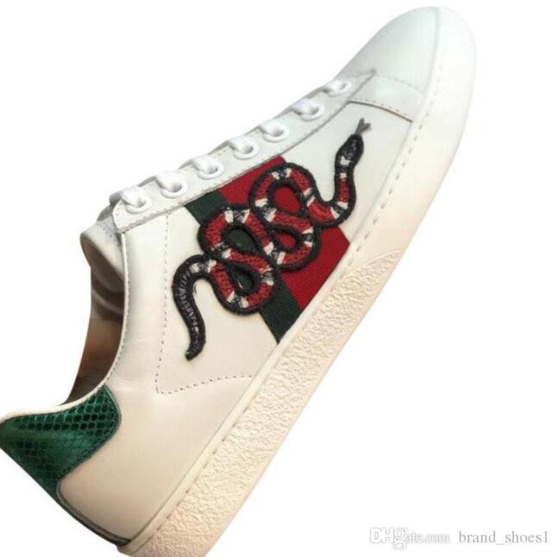 chaussures de sport de gros hommes formatrices classique abeille tigre python baskets fleur brodée avec amour boîte R2