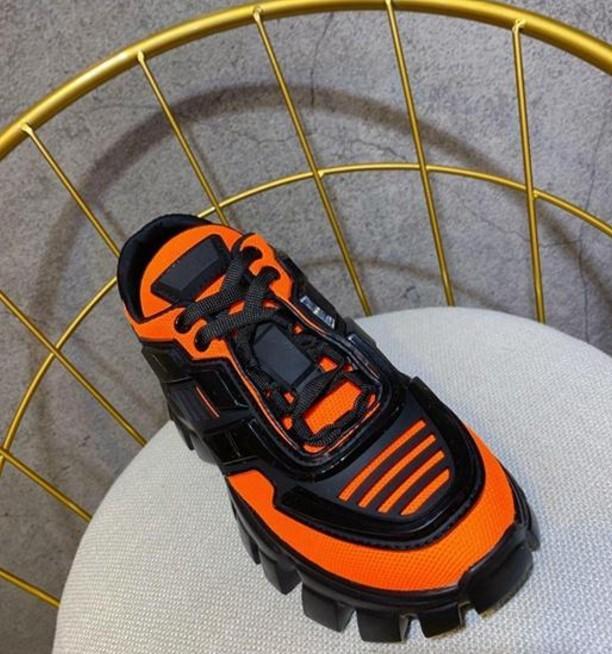 Sıcak satış-H827 2019 Lüks Tasarımcı Erkek Ayakkabı Erkek Ve Kadın Spor Ayakkabı Kalın tabana vurma Avrupa Ve Amerikalı Yıldız Spor Ayakkabı Dantel-up