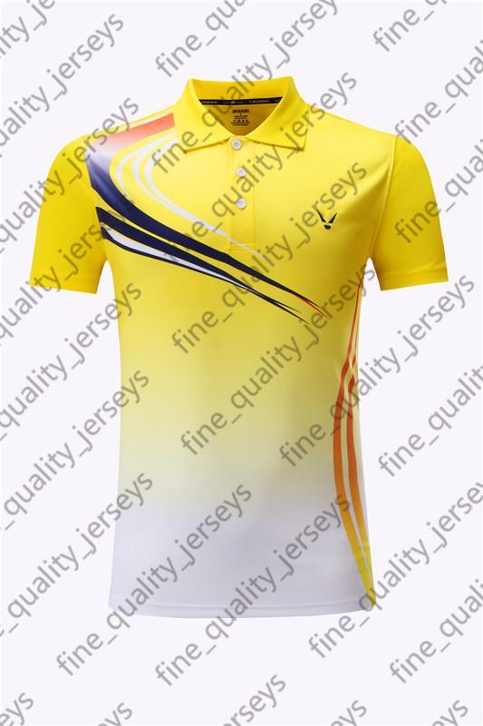 00020113 Lastest Мужчины трикотажные изделия футбола горячего сбывания Открытый одежда футбол одежда высокого качества 2020