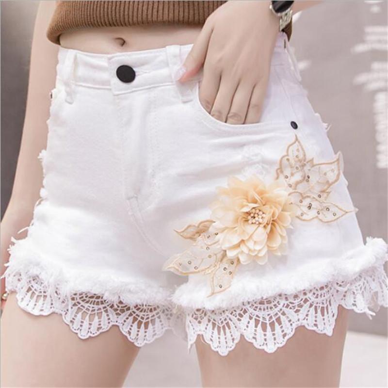 Мода белый джинсовые шорты для женщин 2020 Летний Новый вышивки блесток Burr Кружева Кружева сращивания повседневные шорты высокой талией ковбойские джинсы шорты