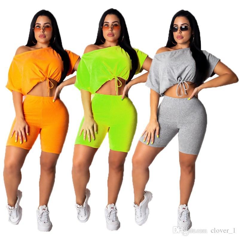 Treino de grife das mulheres de manga curta roupas camisa calças de duas peças set sportswear camisa magro calções terno do esporte venda quente klw1350