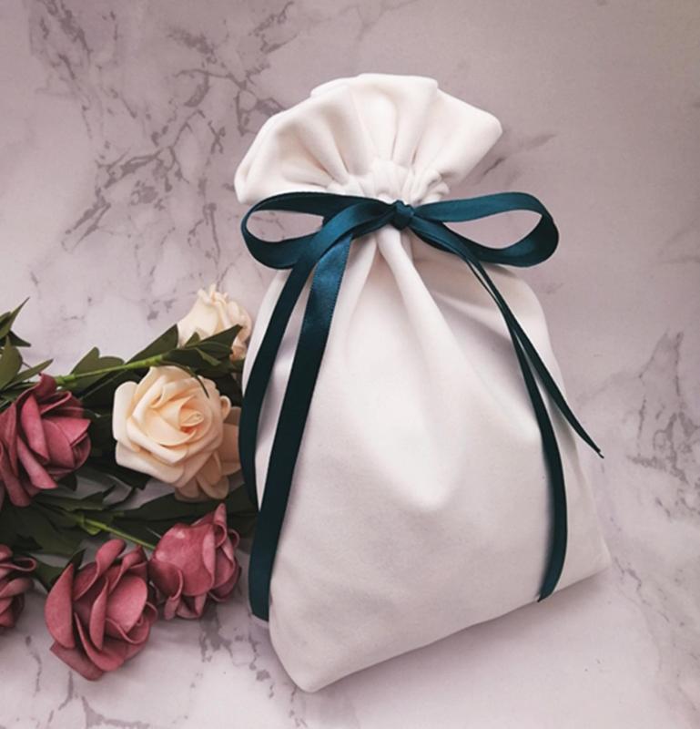 아이보리 핑크 블랙 졸라 매는 끈 가방 파티 호의 리본 장식 벨벳 설탕 선물 가방 아기 샤워 박스와 웨딩 캔디 박스