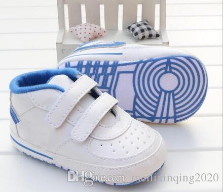 Новорожденный мальчик девочка мягкой подошвой Обувь малыша противоскользящие тапки Prewalker младенческой первый Уокер обуви повседневный классический
