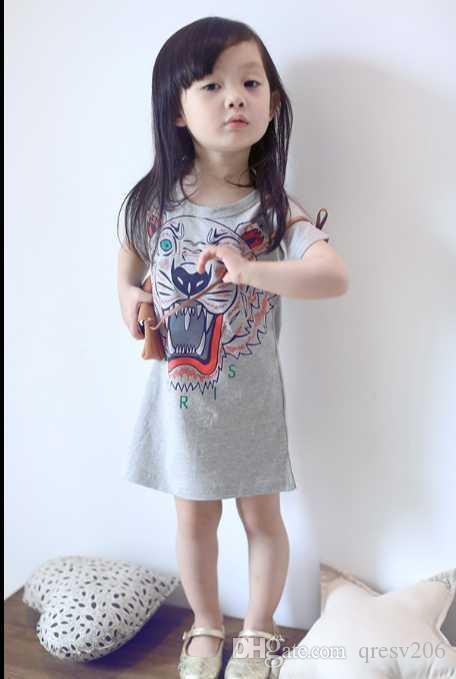 2019 جديد للأطفال 2 أجزاء ملابس الصيف بنات أكمام إلكتروني الحب زهرة سترة تنورة قصيرة مجموعة ملابس الاطفال البدلة