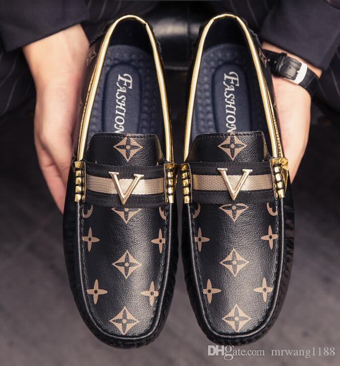 2020 Новый итальянский дизайнер Мужчины Формальная мужские платья обувь лакированной кожи Luxury Свадебная обувь Мужчины Квартиры Офис Плюс Размер 39-44
