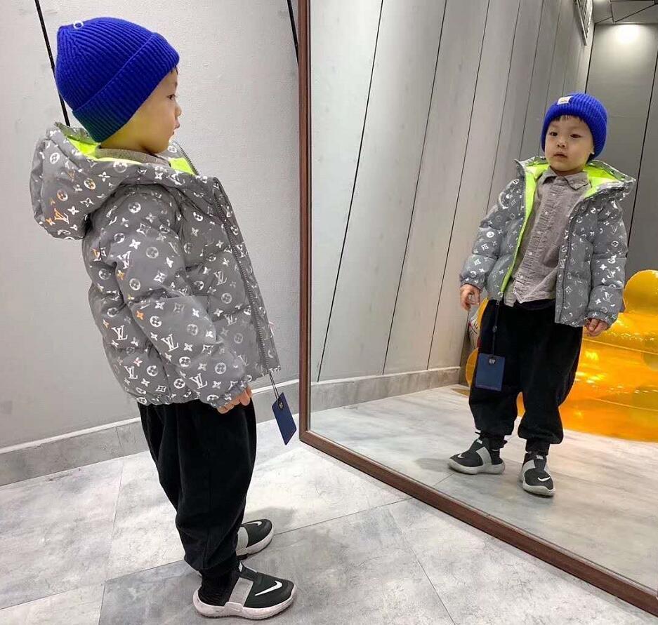 2020 yeni Full Yansıtıcı Ceket Işık Kapüşonlular çocuklar erkek kız ceketler Hip Hop Coats aşağı Streetwear dış giyim su geçirmez Rüzgarlık