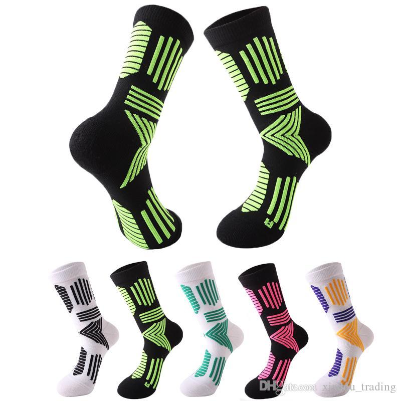 New Men Outdoor Sports Elite Basketball Socks Male Cycling Running Jogging Socks Cotton Unisex Towel Bottom socks Wholesale and retail
