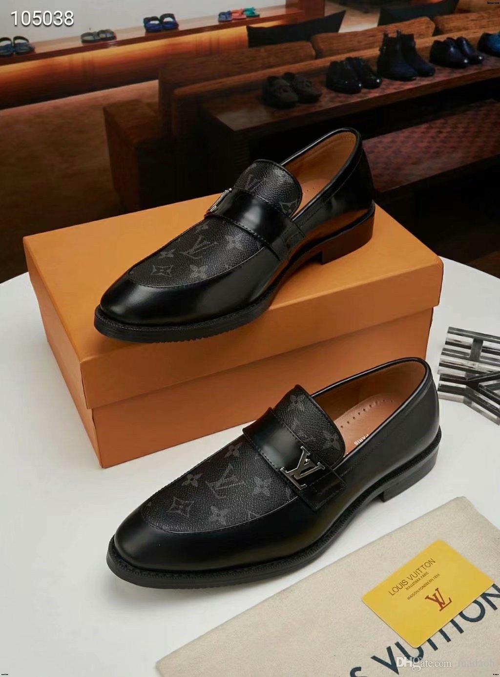 19SS Luxus Comfort Herren Nubuk-Kleid Schuh-Mode-Männer Social Schuhe Business Office Schuh-echtes Leder Brautschuhe