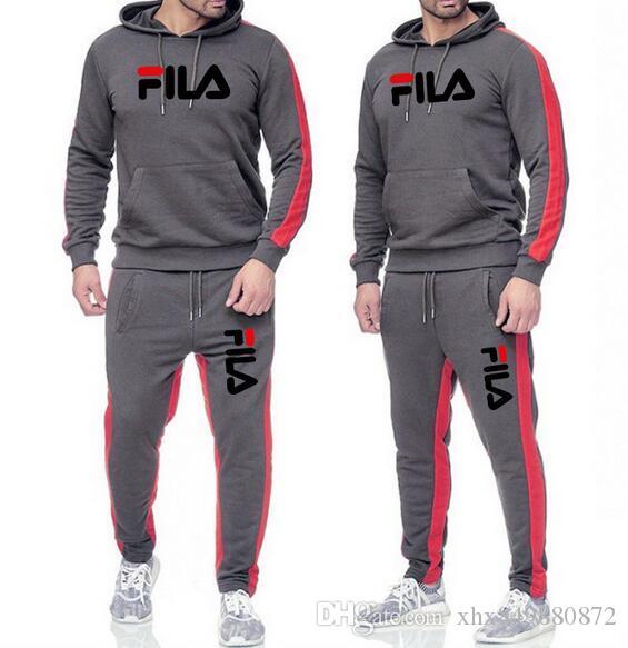 Compre 19FeiLe Para Hombre Del Chándal Diseñadores De Moda Sudaderas Con  Capucha + Pantalones Conjunto 2 Piezas Color Sólido De La Marca De La  Técnica ...