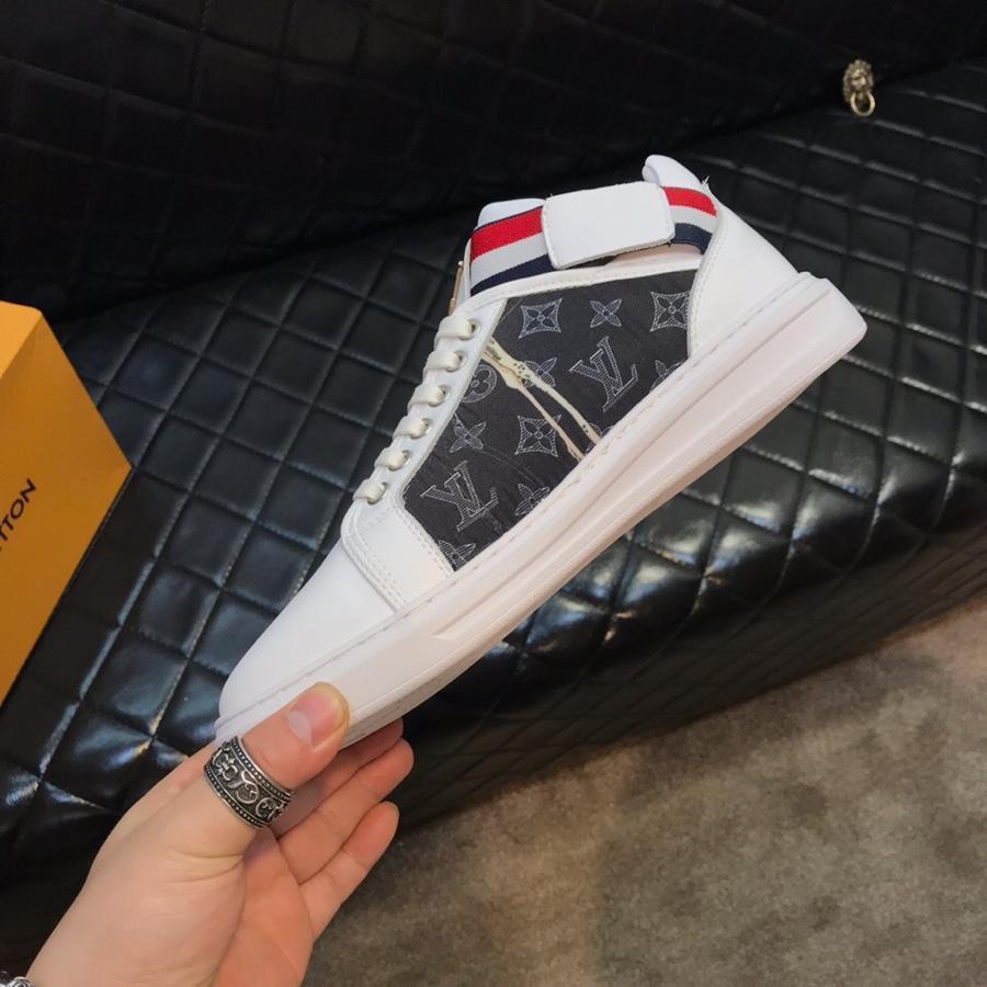 Luxe 2020 de la plate-forme design baskets nouvelles des femmes de forces blanches de triple air chaussures hommes Espadrilles 428 scarpe marque