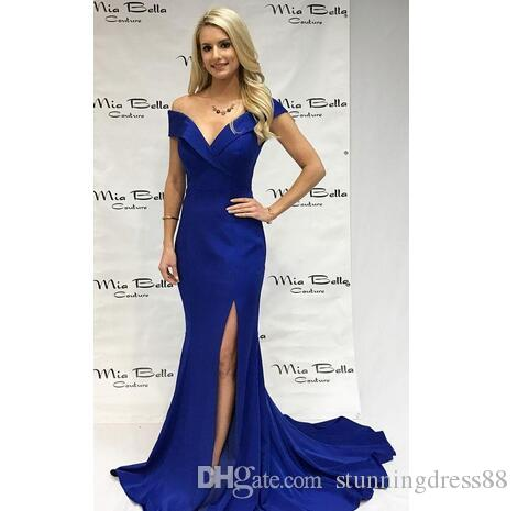 Modest Kraliyet Mavi Balo elbise Kapalı Kollu Saten Yan Bölünmüş Backless ucuz Red Carpet Ünlü Elbise ile omuz