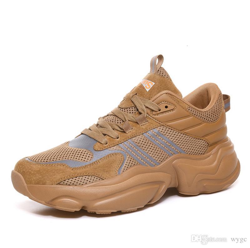 2019 جودة عالية الساخن بيع الأحذية الطائرة الشباب البرية تنفس الهيب هوب مصمم الأزياء والأحذية أحذية رياضية أحذية رياضية بأربعة ألوان الرجال على التوالي