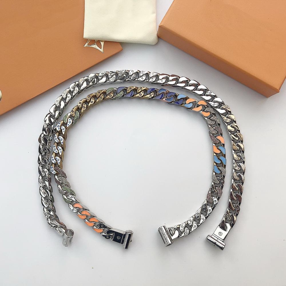 Moda nueva llegada hombres señora 316L titanio acero grabado cuatro hojas flor color esmalte 18 K chapado oro grueso cadena eslabones collares 2 Color