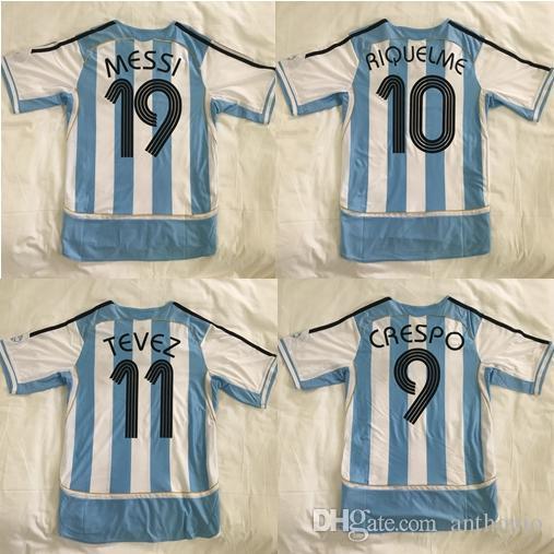 Top 2006 Argentinas Retro Soccer Jerseys Star Messi 19 Riquelme 10 Crespo 9 Tevez 11 Milito 15 Uniforme de Kits Futbol Camisa Tailândia Camisas de Futebol de Qualidade Tailândia Maradona